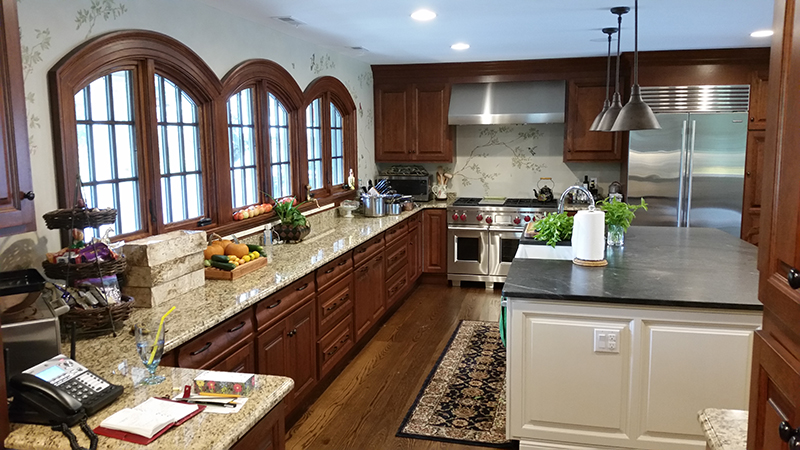 Kitchen Cabinet Resurfacing, Refacing, and Refinishing in CT (Connecticut)